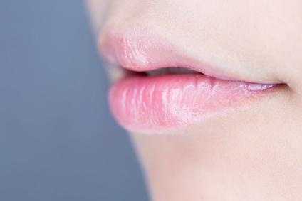 ぷるぷるの唇